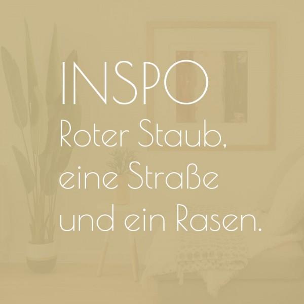 mirandolo_inspo_Roter-Staub-eine-Strasse-und-ein-Rasen_teaser
